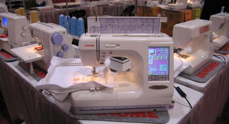 Top 3 Best Computerized Sewing Machine – Reviews And Buying Guide