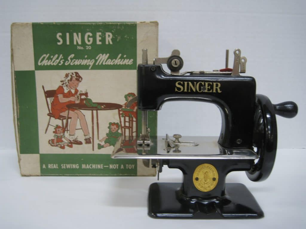 Vintage Singer Sewing Machine Toolhelps