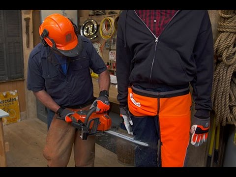 Top 3 Best Chainsaw Chaps Reviews And Buying Guide